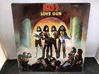 KISS: Love Gun - Vinyl (LP-1977) CASABLANCA NBLP 7057