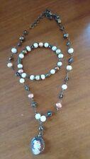 Hermosa Vintage agua dulce perla y pulsera y collar Camafeo De Bronce retrabajado