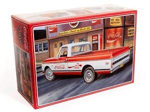 AMT 1972 Chevy Pickup w/Vending Machine & Crates Coca-Cola 1:25 - AMT1231M