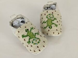 By Paige needlepoint Lizards baby slipper sz 0 to 6 months