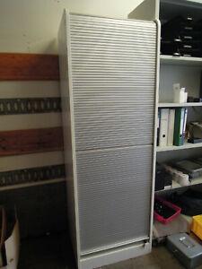 Rollladenschrank Büroschrank, PC-Arbeitsplatz, 195 x 60 cm, abschliessbar