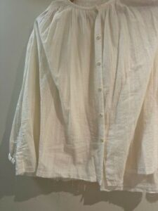 Cream seersucker-like cotton TOAST overshirt sz M