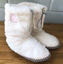 Bedroom Athletics Monroe Super Suave Imitación Piel Zapatilla Botas de color rosa pálido-UK 3/4
