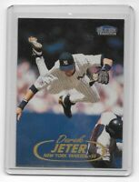 Derek Jeter 1998 Fleer Tradition Base Card #2 New York Yankees HOF
