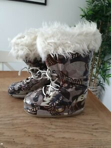 Ladies oneill Moon Boots Size 6 Pre Owned