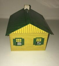 2 TWINKLE TOWN H & H SALES, PITTSBURGH PA TIN HOUSES GREEN ROOVES