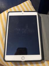 Apple iPad mini 3 16GB, Wi-Fi, 7.9in - Silver (CA) Basically New