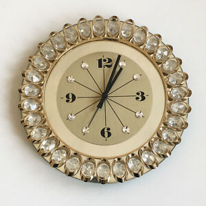 HOLLYWOOD Regency Style WALL CLOCK Brass and Crystal JUNGHANS QUARTZ   ∅ 30 cm