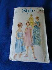 VINTAGE STYLE SEWING PATTERN - LADY'S NIGHTDRESS IN 3 VERSIONS  1966  36/38 BUST