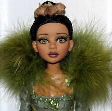 Queen of the Woodlands Angelique MIB Tonner Signed Royals Gone Wilde Imagination