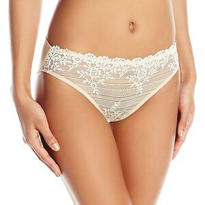 Wacoal Embrace Lace Bikini Panty - 64391