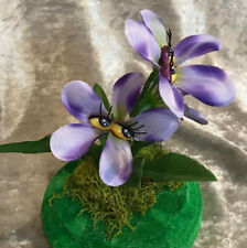 "ALICE IN WONDERLAND RESIN TALKING FLOWERS ""SHY VIOLETS"" BY SUTHERLAND"