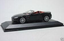 Camión de automodelismo y aeromodelismo MINICHAMPS color principal negro