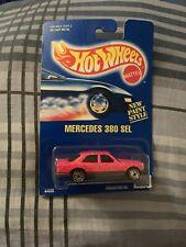 Hot Wheels BLUE CARD moc #229 PINK Mercedes 380 SEL all metal Ultra Hots New