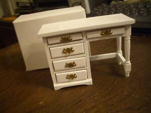 CONCORD DOLLHOUSE WHITE DESK (ASSORTED COLORS IN DIFFERENT LISTINGS) #6251W M/OB