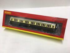 Hornby R4683, GWR Collett Coach Corridor Composite RH - 1930s Brown and Cream