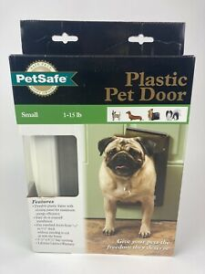 PetSafe Plastic Pet Door for Small pets 1-15 lbs. Open Box PPA00-10958