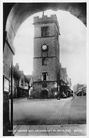 POSTCARD  HERTS -  ST ALBANS - CLOCK TOWER & ARCHWAY   - RP