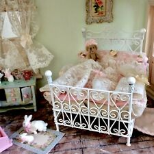 Dollhouse Metal Bed With Bedding, Cream Lace attached to pink. 1:12, Curtain