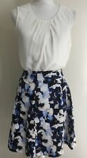 Queenspark Flared Skirt In Floral Navy Cream Size 6 Would Fit 8