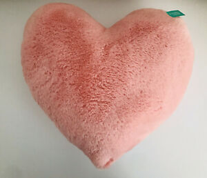 Pillowfort Heart Throw Pillow Pink Soft Plush (18 in x 17 in) NWT