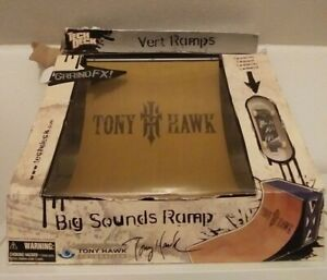 New TONY HAWK Tech Deck BIG SOUNDS Vert RAMP - GRRIND FX - Birdhouse Fingerboard