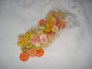 Buttons, 50 grams, assorted sets, yellows/orange