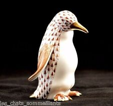 HEREND GUILD, MOTHER PENGUIN PORCELAIN FIGURINE, CHOCOLATE FISHNET, FLAWLESS