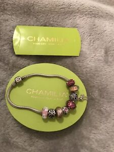 Chamilia Bracelet With 8 Charms