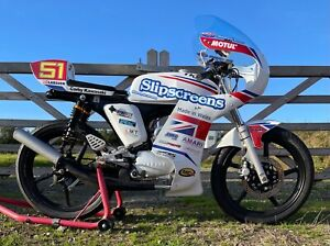 Yamaha FS1E 50cc full race fairing complete with screen ,U.K. made in stock,new