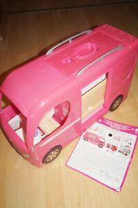 Mattel Barbie CJT42 Super Ferien Camper Wohnmobil inkl. Pool mit Rutsche