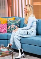 Ellie Goulding A4 Photo 25