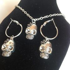 skull necklace And matching hoop earrings silver plated