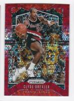 2019-20 Clyde Drexler #/125 Panini Prizm Lakers Disco Red Prizm