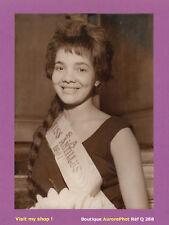 PHOTO PRESSE 1961 : CLAUDE MODOCK, ÉLUE MISS ANTILLES, MISS ANTIBES  -Q288