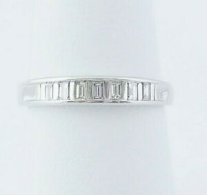 WR36 (A30) 14 Kt white gold 1/2 cttw Band