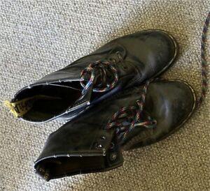 Dr Martens Original Boots size 5