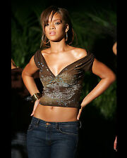 RIHANNA 8X10 CELEBRITY PHOTO PICTURE PIC HOT SEXY CANDID 38