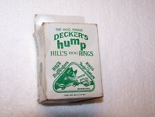 100 Decker's hump Hill's Hog Rings steel brass plated in original box green logo