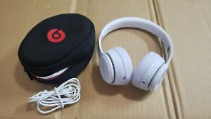 Beats by Dr. Dre Solo3 Wireless On the Ear Headphones - White with new pads