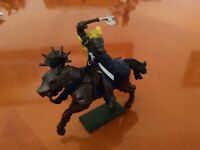NN.  Vintage Britains plastic knight on horseback  1971..in excellen condition..