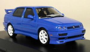 Greenlight 1/43 Scale - 1995 Volkswagen Jetta A3 Blue Diecast Model Car