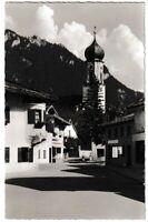 Ansichtskarte Oberammergau - Partie am Sternwirt mit Kirche - schwarz/weiß