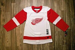 Detroit Red Wings Authentic Adidas Hockey Jersey Sz: 46, 54