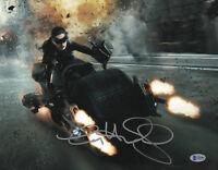 ANNE HATHAWAY SIGNED AUTHENTIC AUTOGRAPH 11X14 CATWOMAN PHOTO BAS BECKETT 17