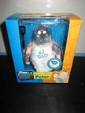 THE FAMILY GUY SHOW CHLLIN' & GRILLIN' PETER GRIFFIN TOY DOLL FIGURE NIB