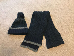 Gents Avenue Adult Hat and Scarf Set One Size