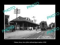 OLD LARGE HISTORIC PHOTO OF VINTON OWA, THE RAILROAD DEPOT STATION c1930