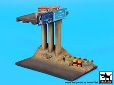 Black Dog 1/72 Middle East Highway Overpass Section Diorama Base (15x9cm) D72025