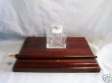 SILVER & GLASS INK WELL.  HALLMARKED SILVER AND GLASS INK WELL WITH PEN ON BASE